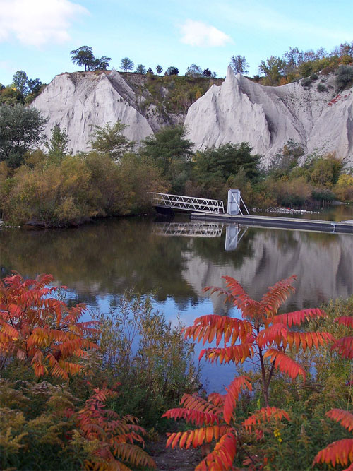Scarboro Bluffs in the fall, Toronto, Ontario